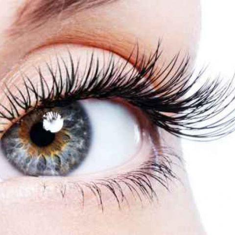 Ögonfransserum – Välj den med en kort lista över ingredienser. Låt mig berätta varför
